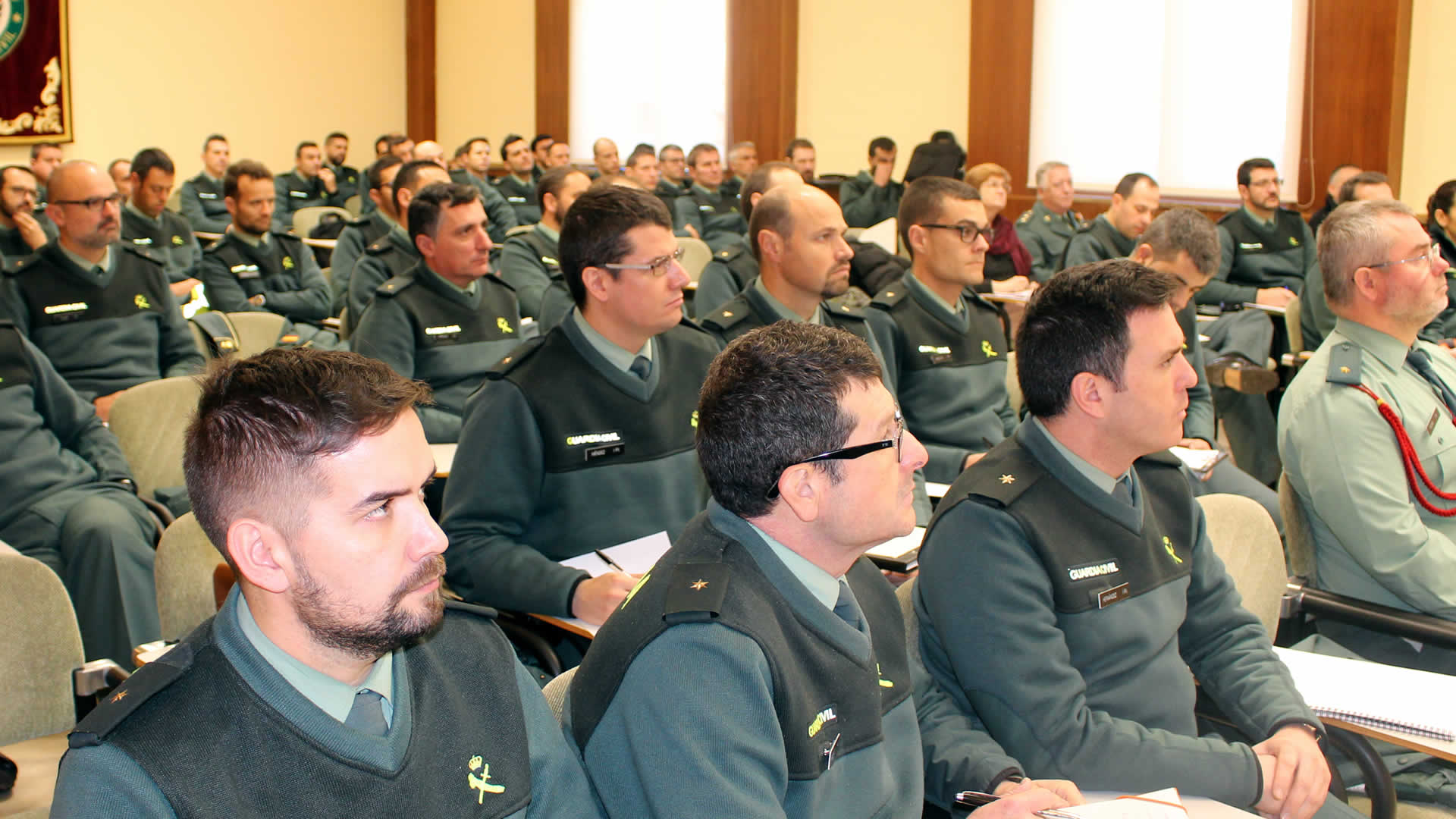 Conferencias riesgos y amenazas a la seguridad